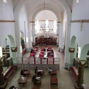 Mascara : ancienne église convertie en Bibliothèque