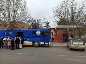 Bus Algerie poste à Tlemcen, très belle initiative www.poste.dz