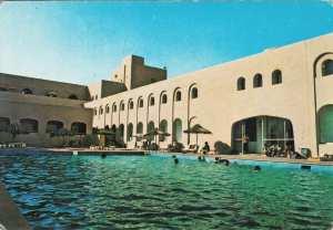 GHARDAIA-piscine-hôtel rostémide