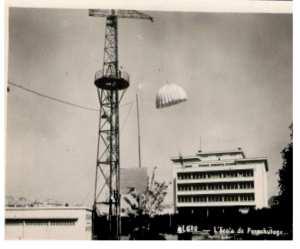 Alger- Ecole de parachutage
