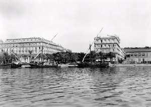 Annaba ex-Bone (Algérie). L'entrée du Cours National. Vers 1900