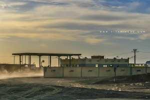 Station Service Salmi entre Oum El Assel et Tindouf