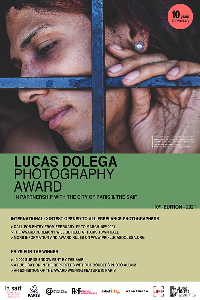 Le 10ème Prix Lucas Dolega a été attribué au photographe français Hervé Lequeux pour son travail sur la jeunesse désoeuvrée du quartier de la Goutte d'Or à Paris.