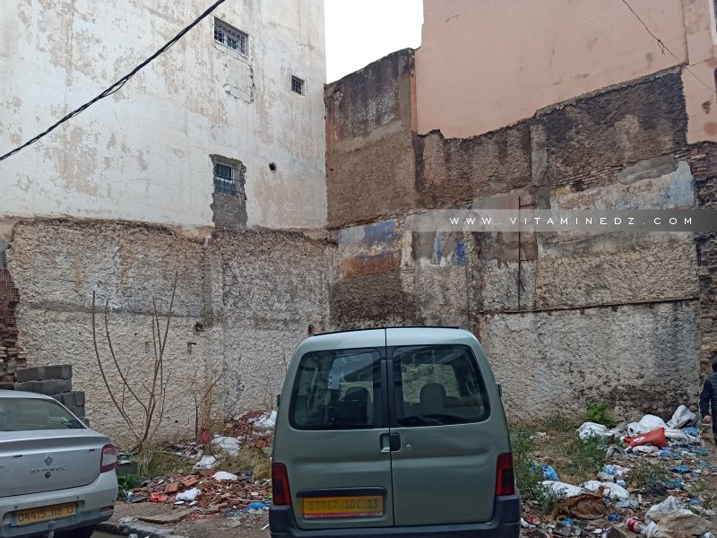 Beaucoup de maisons sont détruites à Tlemcen