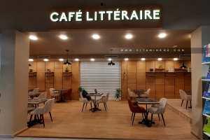 Très beau café littéraire au centre commercial d'Essenia Oran