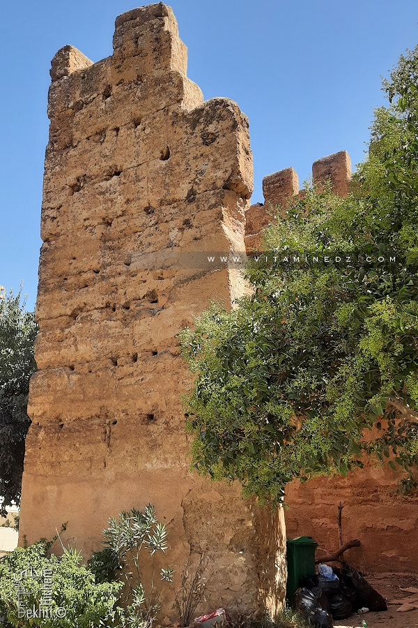 Tour (Bordj) de l'enceinte de Mansourah