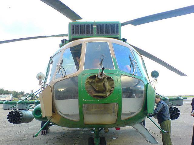 مروحية مي 17 -mi 17 للقوات الجوية الجزائرية + صور 02-32516-mil-mi-171-algeria-air-force-aaf