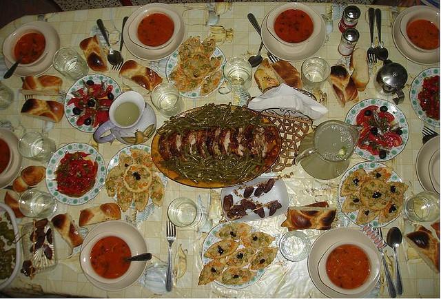 Table d but ramadan - Decoration des plats en cuisine ...