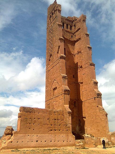 36338-minaret-de-mansourah-a-tlemcen dans Croyances & Légendes