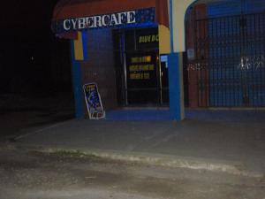 CYBERCAFE BLUE BOX