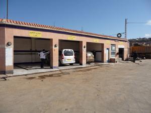 Station de Lavage de Voitures à Mostghanem