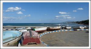 Barques à Hadjret Enouss (ex fontaine du génie / Wilaya de Tipaza)