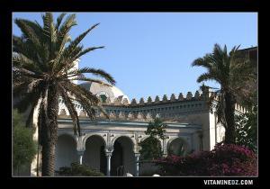مبنى من الطراز الإسلامي