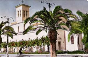 كنيسة بلدية بوفاريك (الفترة الإستعمارية)