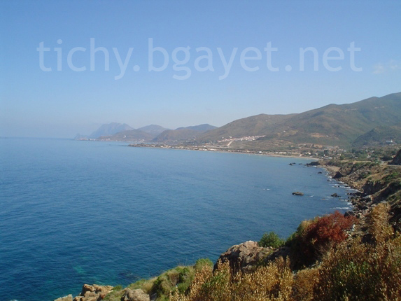 شاطئ ساكت بساحل بجاية