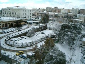 صورة لمدينة قسنطينة تحت الثلوج