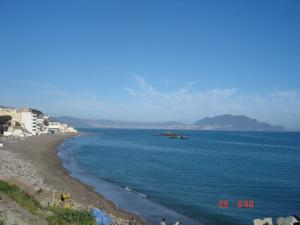 شاطئ تيشي بساحل ولاية بجاية