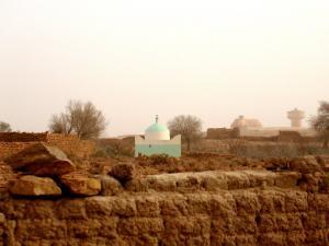 ضريح بمقبرة القصر