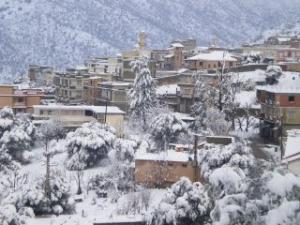 قرية تاسلنت تحت الثلوج