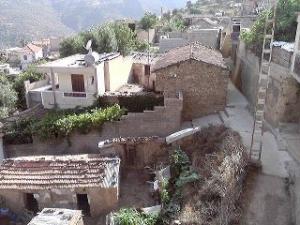 حي آڨلميم بقرية تاسلنت