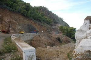 Travaux d'élargissement du tunnel de Beni Haoua (Wilaya de Chlef)
