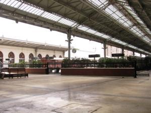 صورة داخلية لمحطة السكة الحديدية بمدينة وهران