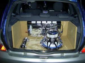 منظر داخلي لسيارة كليو
