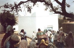 L'hommage des femmes Issawiyya-s au fondateur de la zawiya de Oulhaça, Sidi Muhammed B. Ali