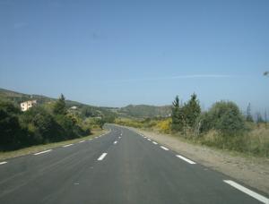 Route vers la plage Saket