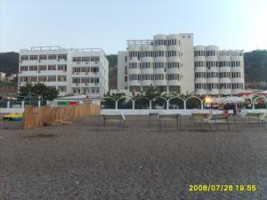 Hôtels SYPHAX et CLUB ALLOUI