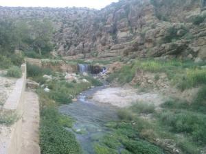 Cours d'Eau à Ain Zaatout