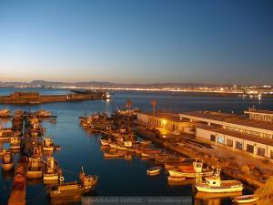 ميناء الصيد البحري بالجزائر العاصمة