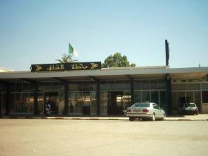 محطة السكة الحديدية لمدينة الشلف