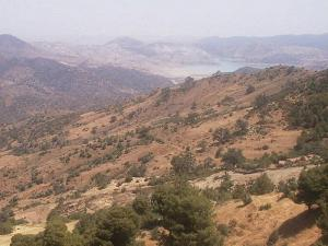 منظر طبيعي بضواحي سد الكريمية يولاية الشلف