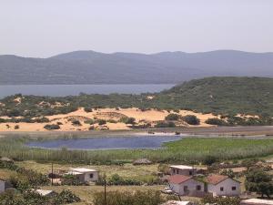 بحيرة بلدية عزابة
