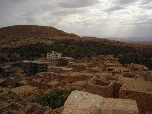 Urbanisme r�cent et quartiers antiques de Ain zaatout
