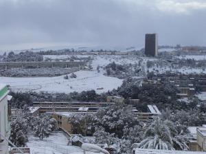 صورة لجامعة قسنطينة تحت الثلوج