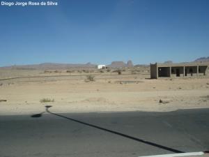 LENA INGÉNIERIE ET CONSTRUCTIONS. (Elle à fait et à réhabilité la route N1, entre les villages de Tamanrasset et In Guezzam, au Sud d' Algérie, dans une extension de 175 km, jusqu' a la frontiere avec le Niger)
