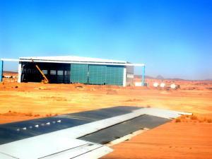 Décollage de l'aéroport de Tamanrasset