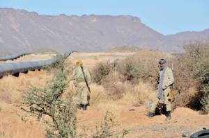 Pipelines d'eau potable charriant l'eau potable de Ain Salah à Tamanrasset