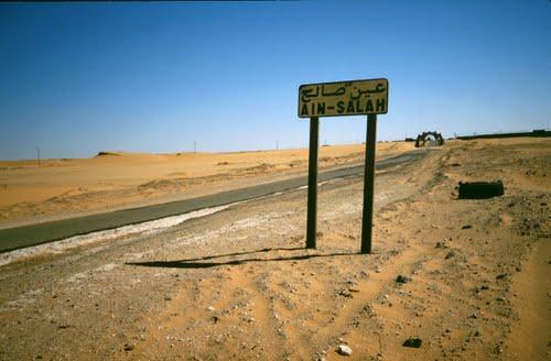 A l'entrée nord d'In Salah