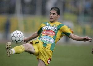 اللاعب الجزائري ياسين عماوش