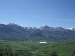 Les hautes montagnes du Djurdjura - vues depuis Ouadhia