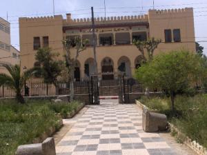 مقر دائرة سور الغزلان