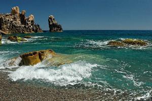 منظر من شاطئ تيغرمت بولاية بجاية