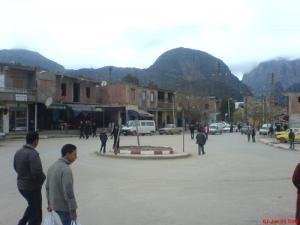 Arrêt d'autobus à Sidi Marouf