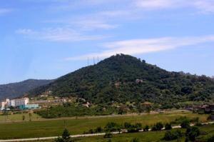 Antennes de Télécommunication aux sommet d'une montagne de Jijel