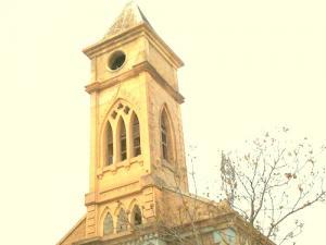 صورة للكنيسة القديمة لبلدية عين مليلة