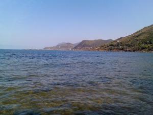 شاطئ طالة ڨيلف بولاية بجاية