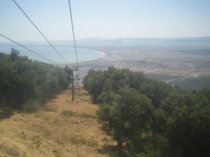 Cables du Téléphérique traversant la commune de Seraidi